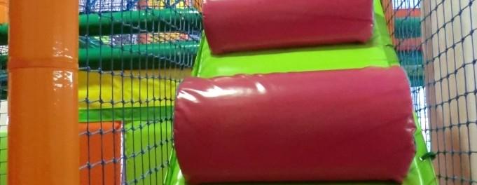 Parque de bolas Chulapos. La escalera de rodillos