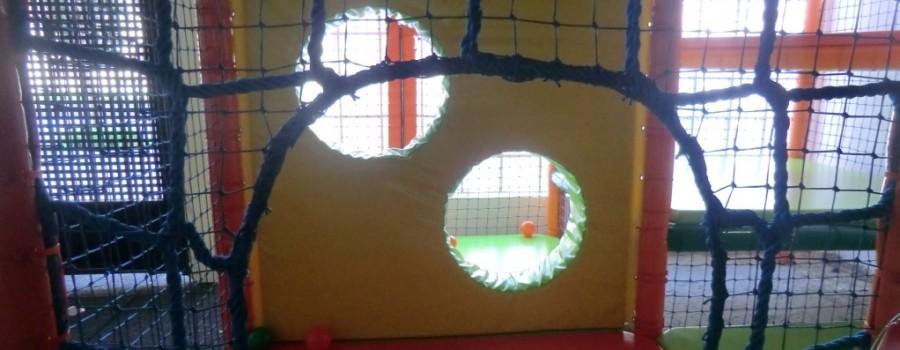 Parque de bolas Chulapos. La tela de araña