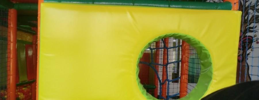Parque de bolas Chulapos. Los agujeros del queso
