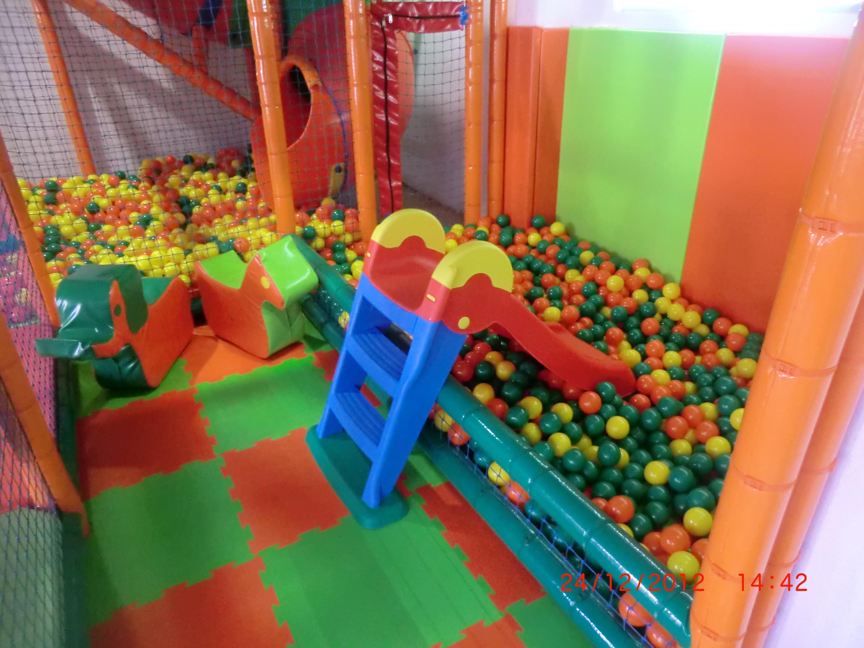 Fotos Parque de Bolas Escuela Infantil y Parque de bolas